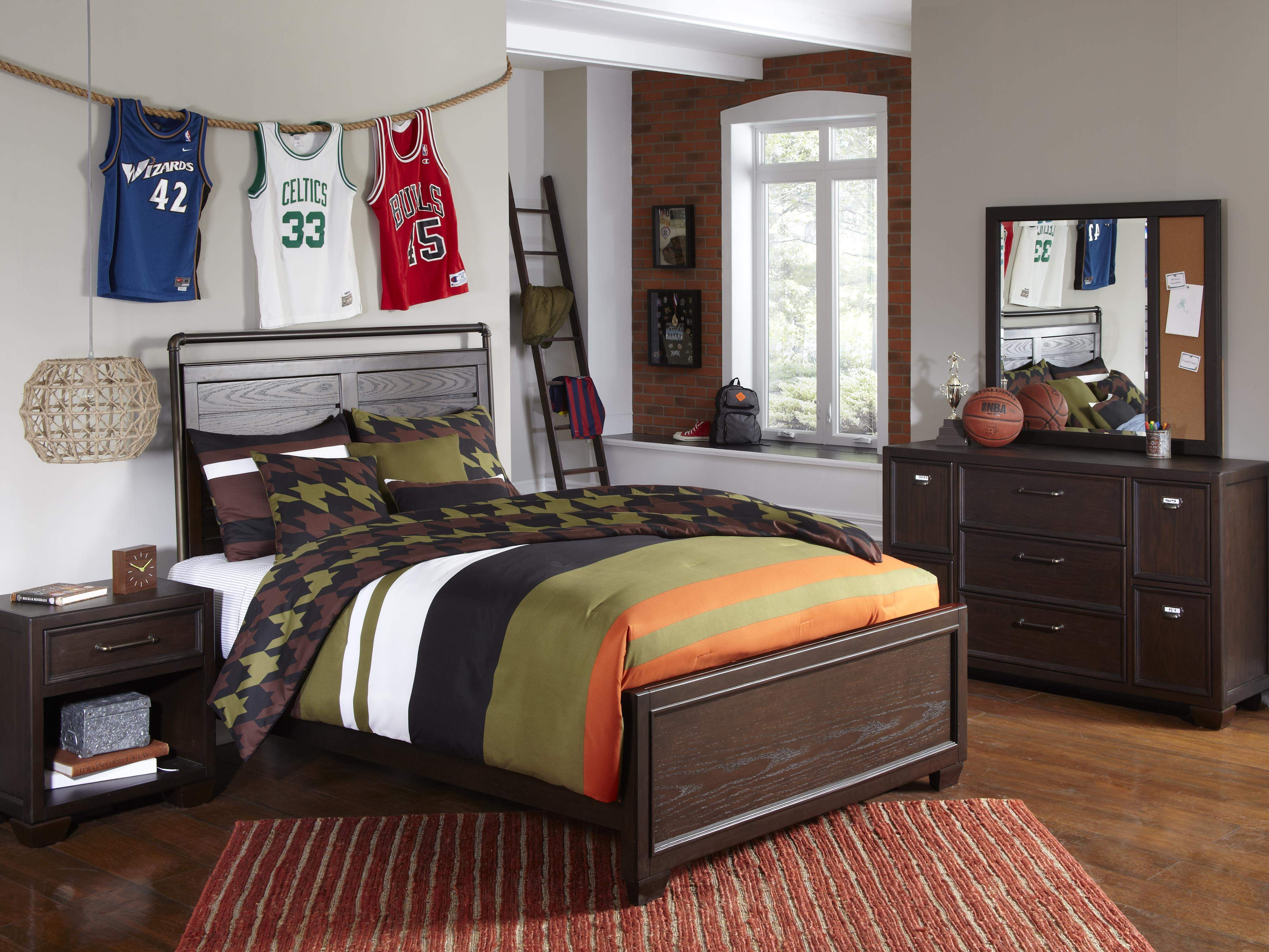 Samuel Lawrence Clubhouse Bedroom Set   One Ten Home Furnishings