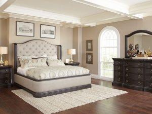 Ravena bedroom