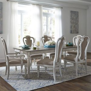 Magnolia Manor Dining Set for Sale in Farmingdale NY