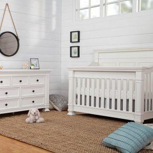 Tillen Nursery Furniture Set for Sale in Farmingdale NY